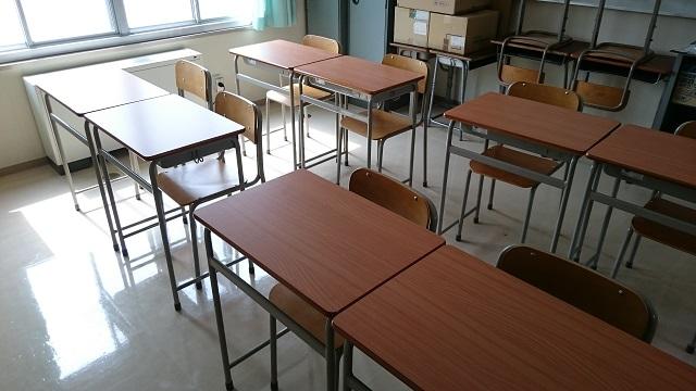 17-03-23第一工業生徒用机椅子新JIS (2).JPG